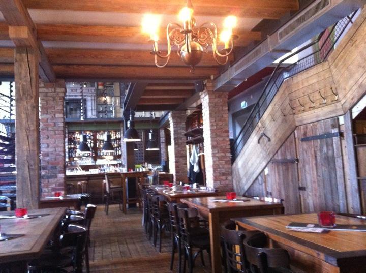 Foto zu restaurant braunschweiger parlament in for Mobel in braunschweig